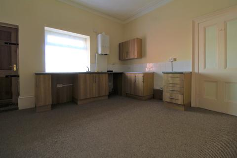 2 bedroom flat to rent - West Parade , Grimsby  DN31