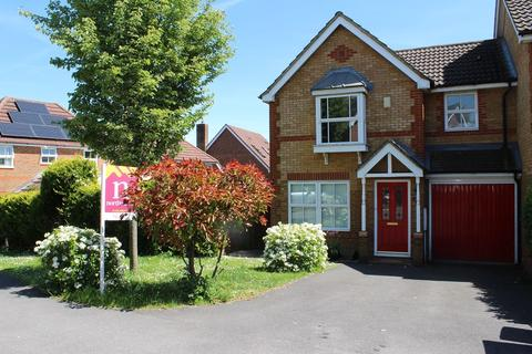 3 bedroom semi-detached house to rent - Redwing Road, Gabriel Park