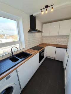 1 bedroom flat to rent - Exmouth - A Refurbished 1 Bed Flat in Central Exmouth - Top Floor - Available Now