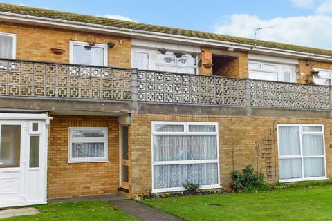 2 bedroom ground floor flat for sale - Sunningdale Close, Chapel St. Leonards, Skegness, PE24 5TQ