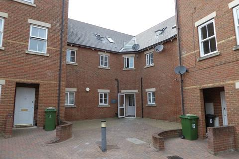 2 bedroom apartment to rent - Detling House, Burdock Court, Tarragon Road, Maidstone, ME16