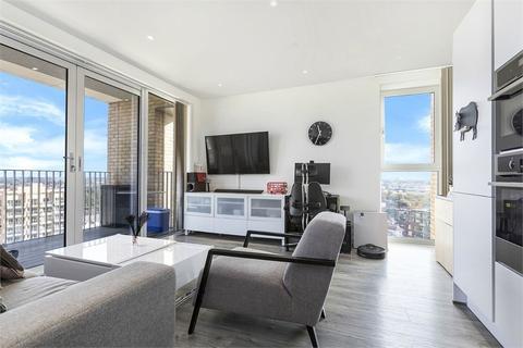 2 bedroom flat for sale - Hawfinch House, 1 Moorhen Drive, London