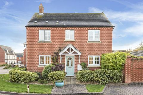 3 bedroom detached house for sale - Laxton Way, Bedford