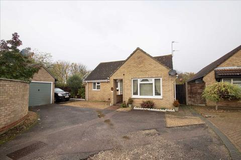 2 bedroom detached bungalow for sale - Meadow Grass Close, Stanway, Colchester