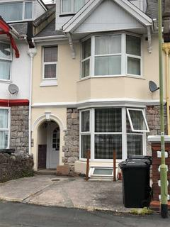 2 bedroom apartment to rent - Morgan Avenue, Torquay