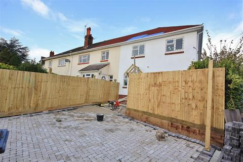 3 bedroom end of terrace house for sale - Connaught Crescent, Parkstone, Poole