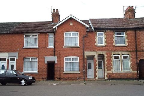 2 bedroom terraced house to rent - Clarence Road, Kettering
