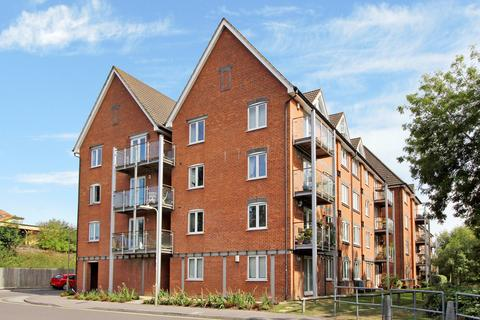 2 bedroom apartment to rent - The Lamports, Alton