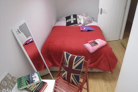6 bedroom apartment to rent - Melton Road, West Bridgford