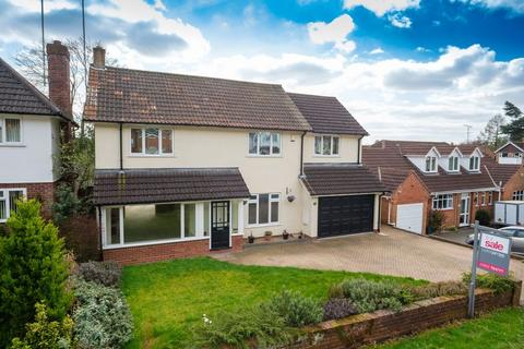4 bedroom detached house to rent - Torvale Road, Wightwick, Wolverhampton