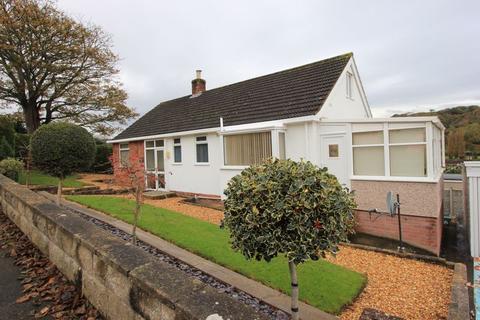 2 bedroom detached bungalow for sale - Bodnant Road, Rhos on Sea