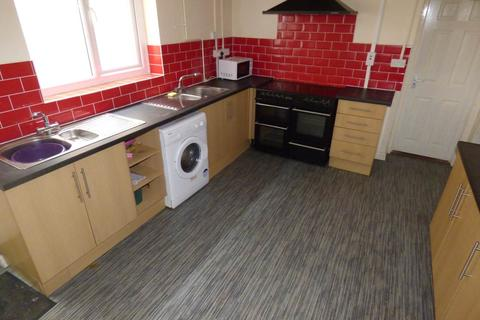 6 bedroom house to rent - Bryn Y Mor Crescent, Brynmill, Swansea