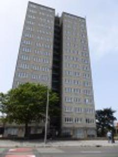 2 bedroom flat to rent - Mill View Tower, Liverpool
