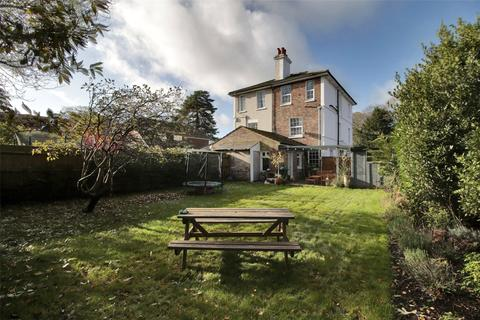 4 bedroom semi-detached house for sale - London Road, Southborough, Tunbridge Wells, Kent, TN4