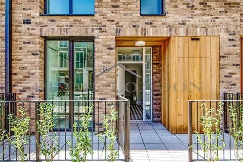 4 bedroom terraced house for sale - Townhouse, Starboard Way, Royal Wharf