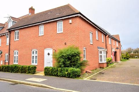 3 bedroom detached house for sale - Prince Rupert Drive, Aylesbury