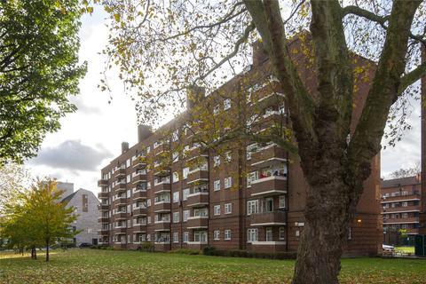 3 bedroom flat for sale - Parkinson House, Frampton Park Road, London, E9