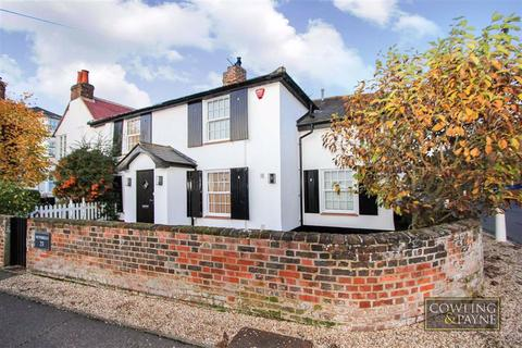 2 bedroom semi-detached house to rent - The Square, Stock, Essex