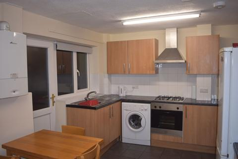 3 bedroom house to rent - St Anthonys Court NG7 - UON - QMC