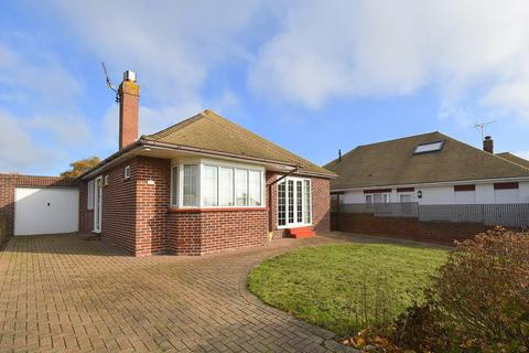 5 bedroom detached bungalow for sale - Harmsworth Gardens, Broadstairs, CT10