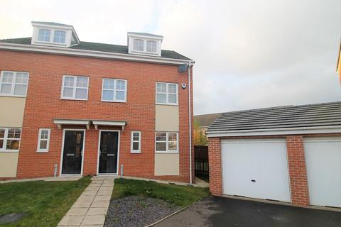 3 bedroom townhouse for sale - Welwyn Close, Stockton-On-Tees