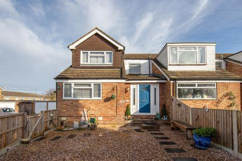 3 bedroom end of terrace house for sale - Churchill Road, Dunstable, Bedfordshire