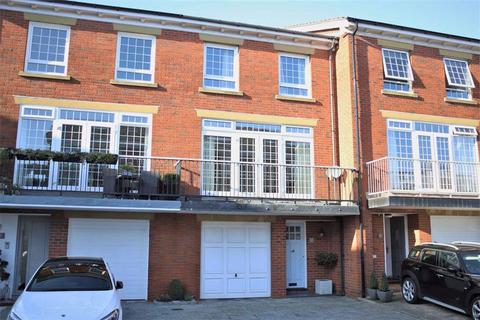 4 bedroom mews for sale - The Leylands, Lytham