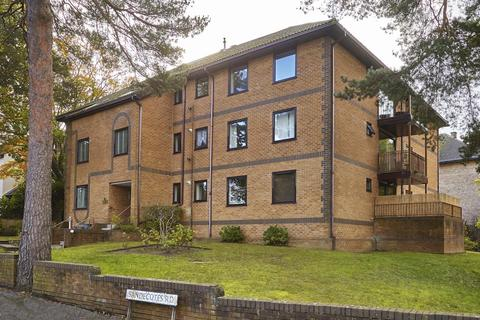 2 bedroom flat for sale - Sandecotes Road, Poole