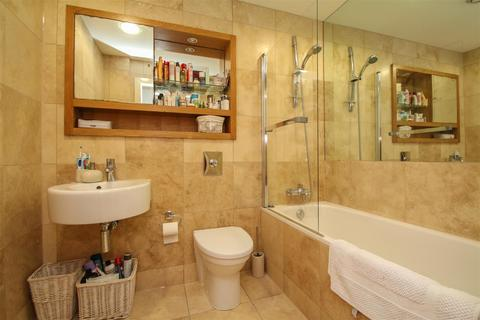 2 bedroom apartment for sale - Vantage Quay, Brewer Street, Manchester