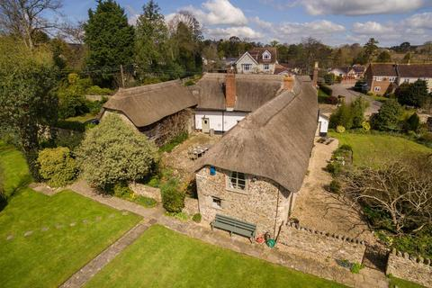 5 bedroom detached house for sale - Swan Hill Road, Colyton