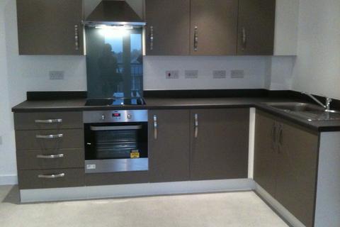 2 bedroom flat to rent - Creola Court, Chapelford, Warrington