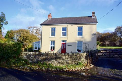 3 bedroom detached house for sale - Glynhir Road, Llandybie, Ammanford