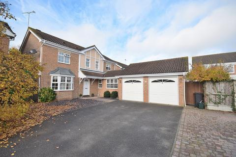 5 bedroom detached house for sale - Wallace Binder Close, Maldon, Essex, CM9