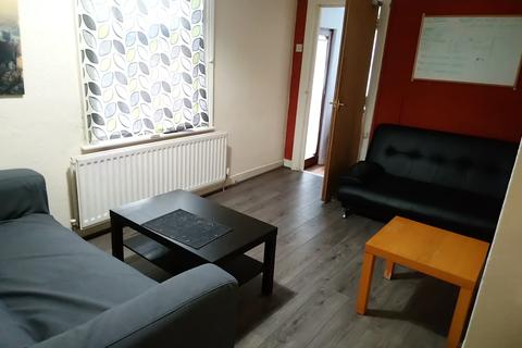 6 bedroom property - x3 Rooms Available - Northumberland Road - From £340.00 Inc Bills