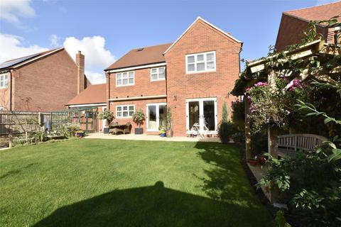4 bedroom detached house for sale - Pennycress Gardens, Stoke Orchard, Gloucestershire, CHELTENHAM, GL52