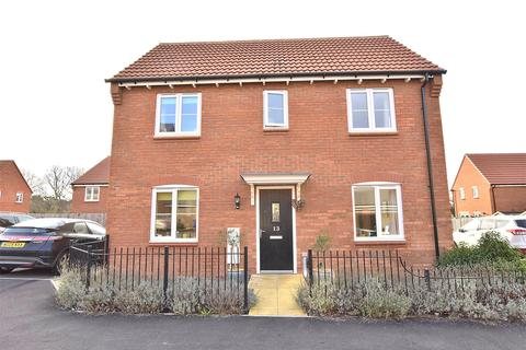 3 bedroom detached house for sale - Wagtail Grove, Bishops Cleeve, Cheltenham, Glos, GL52