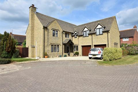 5 bedroom detached house for sale - Stoke Park Court, Bishops Cleeve, CHELTENHAM, Gloucestershire, GL52