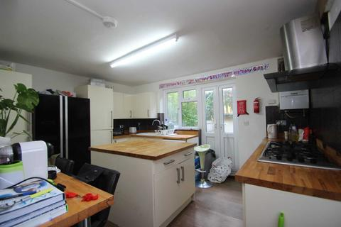4 bedroom terraced house to rent - Parsons Place, East Oxford