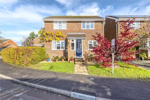 4 bedroom detached house for sale - Pennington Close, Colden Common, Winchester, Hampshire, SO21