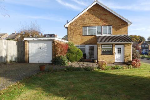 3 bedroom semi-detached house to rent - Lambourn Way, Tunbridge Wells