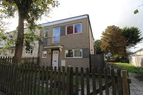 3 bedroom semi-detached house to rent - Dews Green, Basildon, Essex, SS16 4NSW