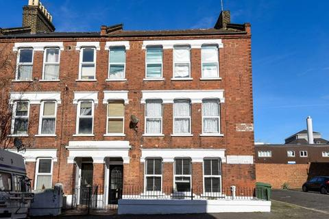 3 bedroom flat for sale - Northlands Street, Camberwell SE5