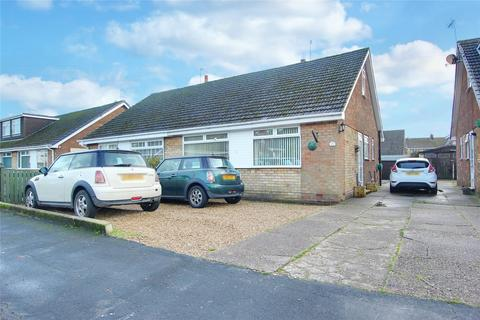 3 bedroom bungalow for sale - Summergangs Drive, Thorngumbald, Hull, East Yorkshire, HU12
