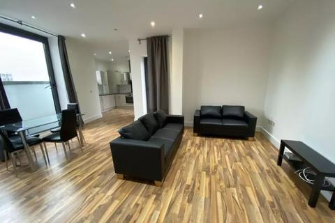 2 bedroom apartment to rent - Cambridge Heath Road E1