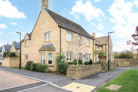 4 bedroom detached house to rent - Grebe Close, South Cerney, Cirencester, Gloucestershire, GL7