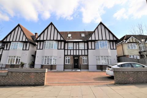 3 bedroom maisonette for sale - Eaton Court, Sinclair Grove NW11