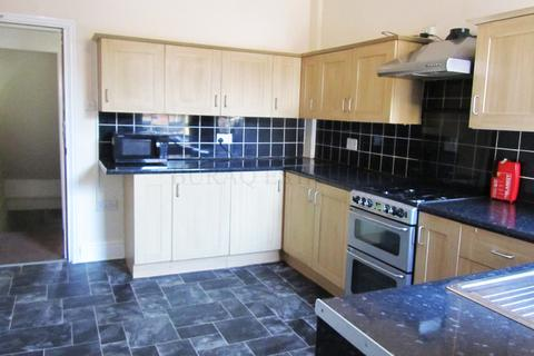 9 bedroom semi-detached house to rent - Everett Road, 9 Bed, Withington, Manchester