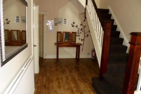 7 bedroom property to rent - Mauldeth Road 7 BED, Manchester, Manchester
