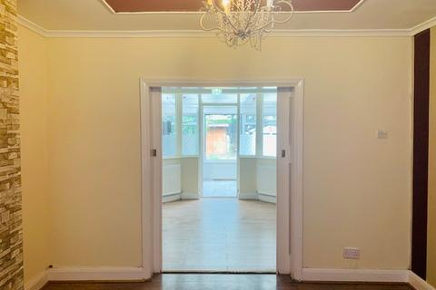 3 bedroom semi-detached house to rent - Waltham Avenue, Hayes, Middlesex, UB3