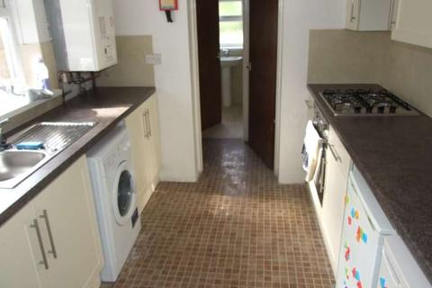 3 bedroom terraced house to rent - Florentia Street, Cathays, Cardiff, CF24 4PE